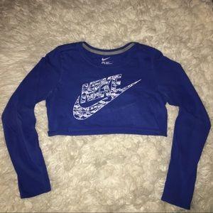 Nike cropped long sleeve tee
